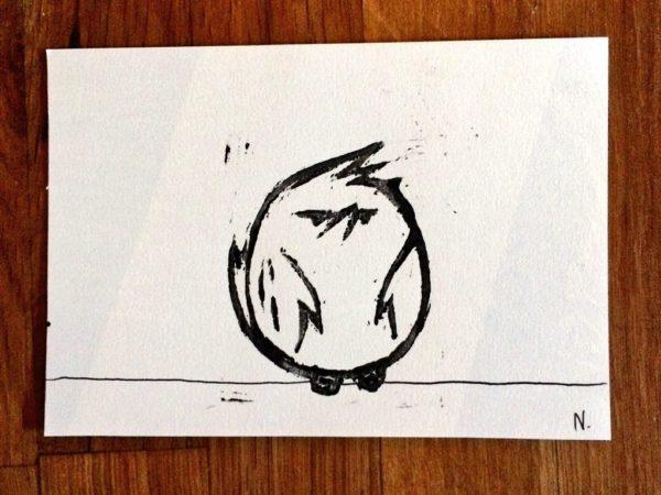 Linogravure d'un oiseau pour Au fond du trou - format carte postale - Nepsie